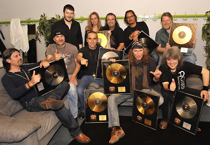 Platinum KROKUS + Team