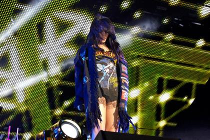 Rihanna rocks with KROKUS T-Shirt