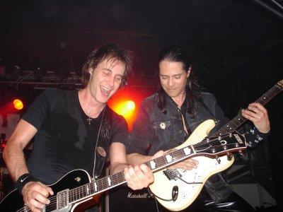 Los Gitarreros Dominique & Mandy